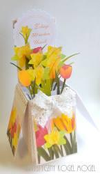 Tulipanowa łąka - Pudełko w kartce